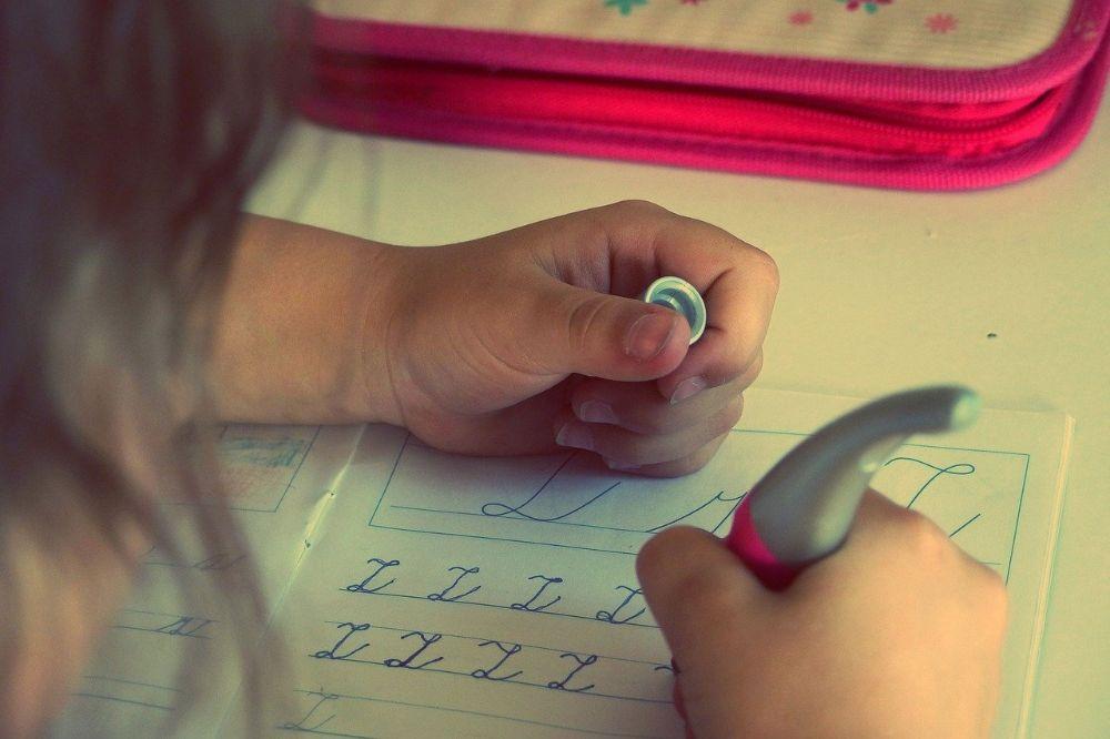 5 tips hoe je jouw kind het beste kunt helpen bij het huiswerk maken
