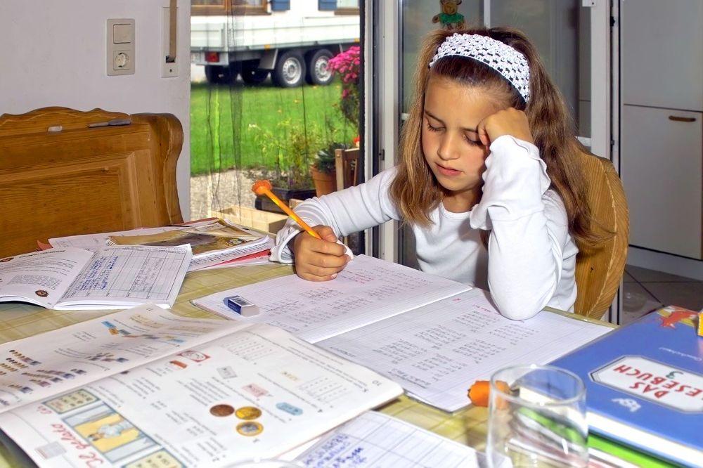 5 tips hoe je jouw kind het beste kunt helpen bij het huiswerk